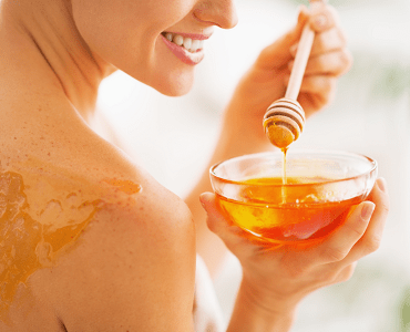 5 Simple Ways to Use Honey for Fair Skin