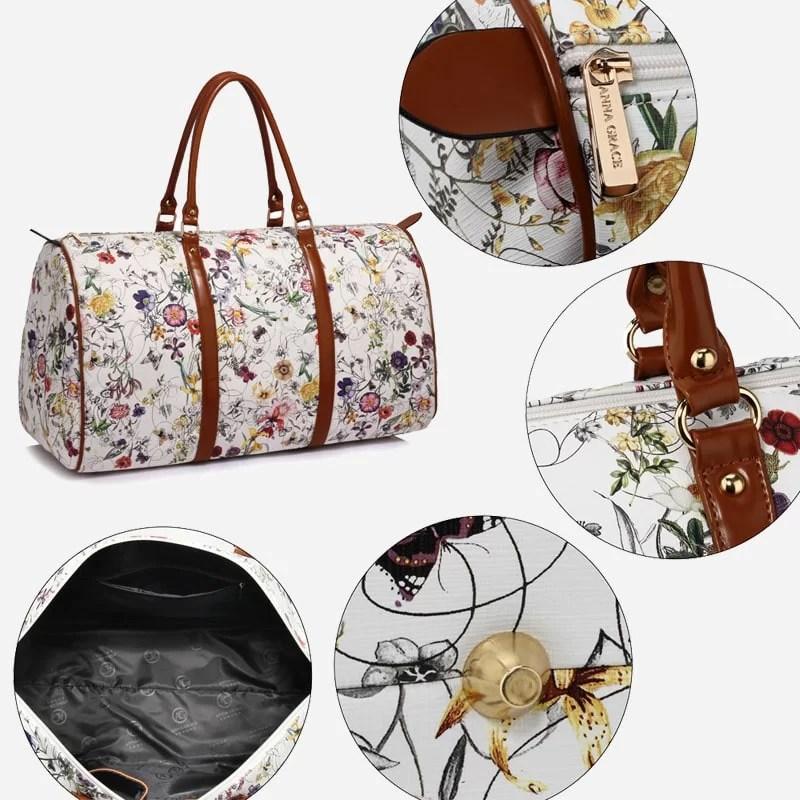 Détails du sac de voyage 48h blanc en toile pour femme avec ornement et anses en cuir.