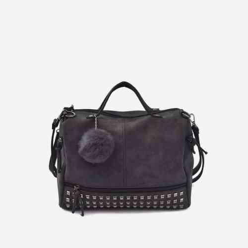 Sac à bandoulière et sac à main en cuir nubuck noir pour femme avec poches zippées et poches intérieures. Bolishbag classic.