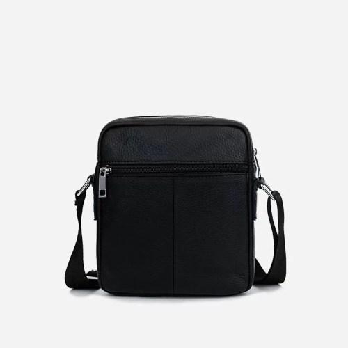 Petite sacoche à bandoulière pour homme en cuir véritable noir.