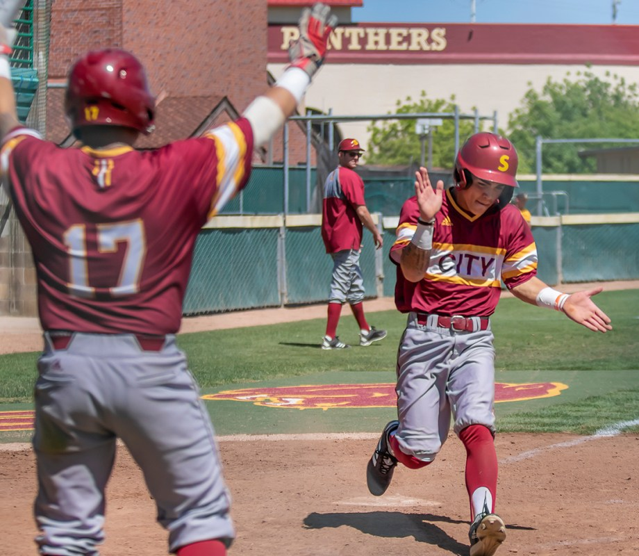 City HotShots! Panthers Softball move onto Round 2 in the