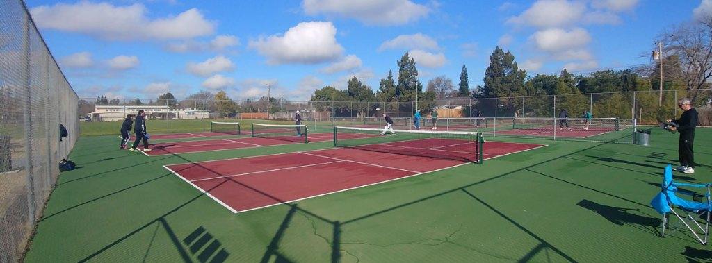 Eastern Oak Park Pickleball Courts