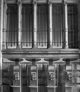 telefooncel, fotoreportage telefooncellen