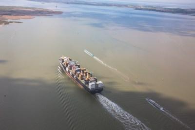 Containerschip MSC Antwerpse haven luchtfoto