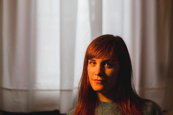 portretfoto zangeres veerle van roosbroeck