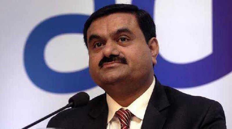 गौतम अडानी को लगा बड़ा झटका, 43,500 करोड़ रुपये के शेयर हुए फ्रीज