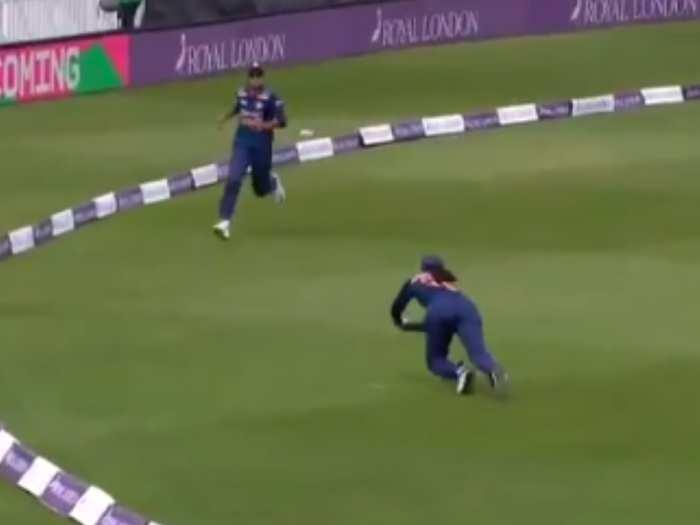 इंग्लैंड के खिलाफ वनडे में स्मृति मंधाना ने डाइव लगाकर पकड़ा बेहतरीन कैच, 'फ्लाई गर्ल' की मिली उपाधि