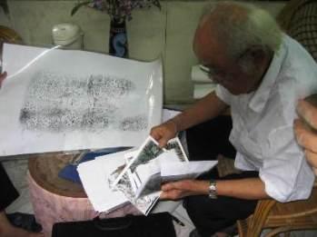 Giáo Sư Lê Trọng Khánh và chữ cổ ở Sa pa