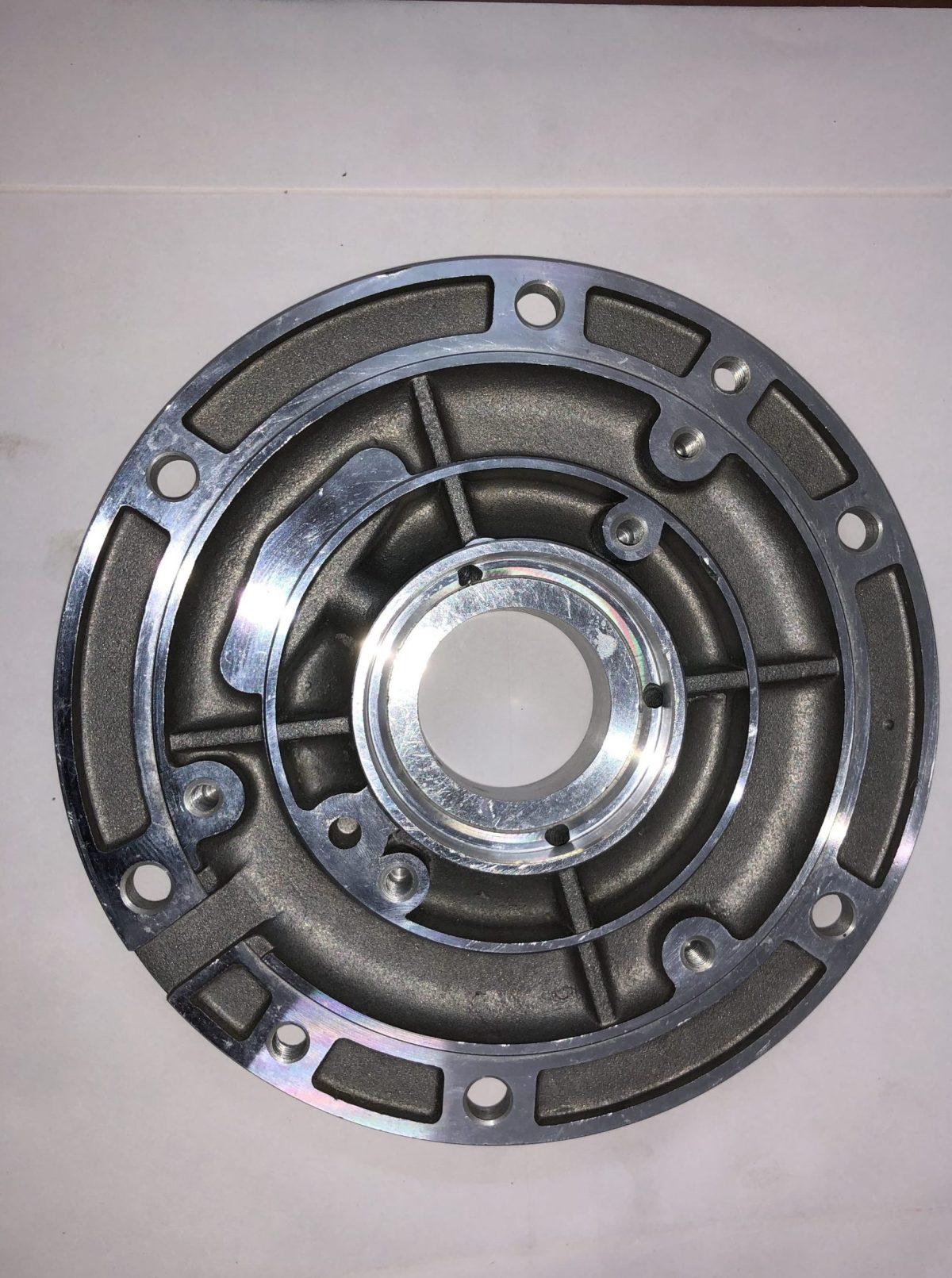 CRANK SUPPORT 3LD 510 , LDA 510 FOR lombardini 3LD 510 and 3LD  450 single cylinder Diesel engine . Lombardini lda 510 , 3ld 510. Greaves , ape piaggio. 6LD 360 6LD 325