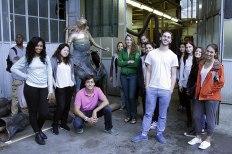SACI sculpture students visiting a casting studio of Carrara