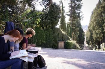 SACI Drawing students in Boboli Gardens.