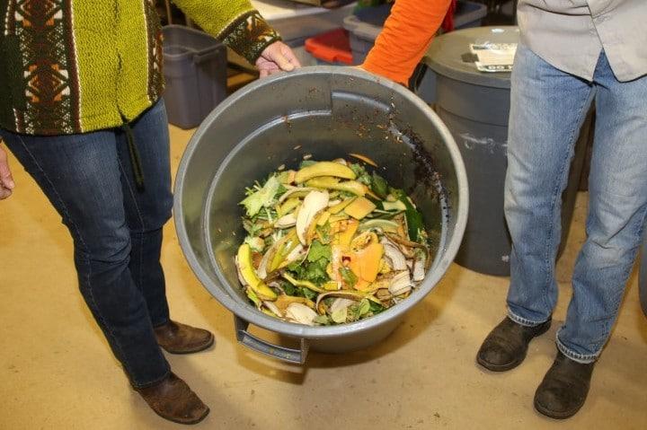 Sacramento Zoo & ReSoil Sacramento Partner Up for New Compost Program via @sacramentopress