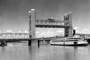 tower-bridge-circa-1936