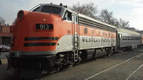 RR Diesel 913 e1541765089306 - Railroad Museum to Honor Military Veterans on Veterans Day