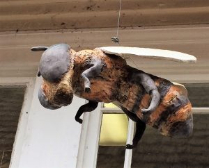 Picture of clayARTstudio814 bumble bee