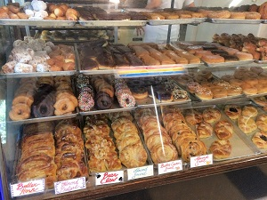 Picture of New Roma Bakery Baked Goods