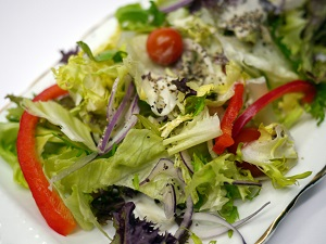 Picture of green salad - community rankings for healthy eating
