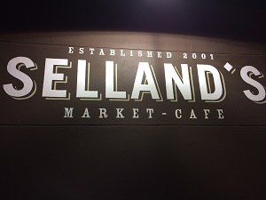 Picture of Selland's Market-Cafe Signage