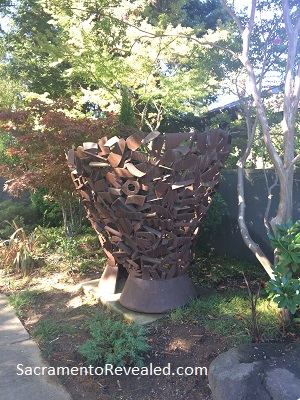 `Photo of Sculpture by Gerald (Jerry) Walburg