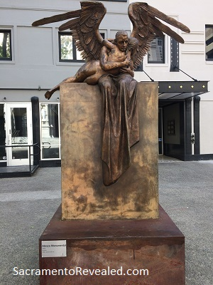 Photo of Jorge Marin Abrazo Monumental