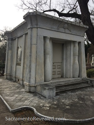 Photo of Mary McCormick Brown Woolson Crypt