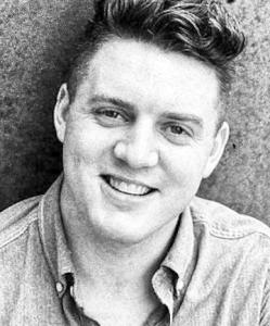Michael Jones, Testo (tenor)