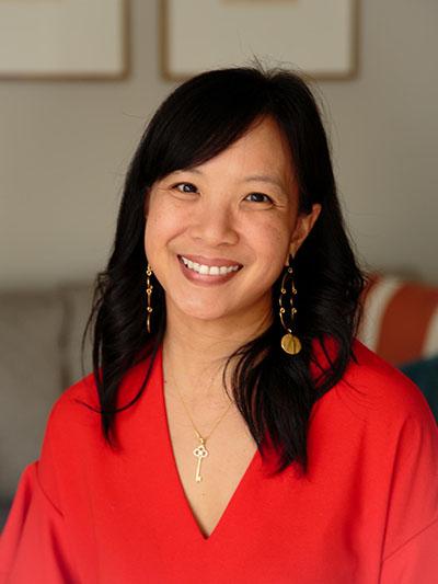 Edna Lee- Teaching Contributor