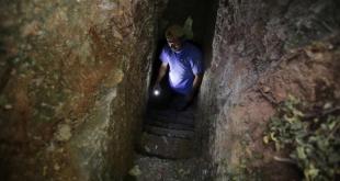 """""""الكهوف"""".. الملاذ الآمن الوحيد للمدنيين للنجاة من القصف"""