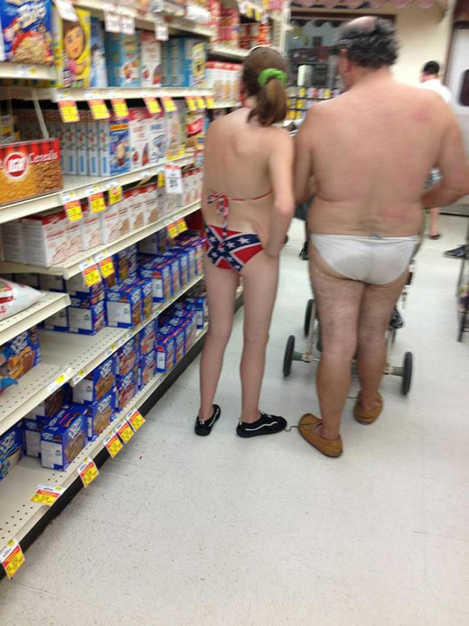 People Of Walmart - Funny Pictures of People Shopping at