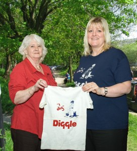 RELAUNCHED: Kath and Kirsty with the new t-shirt