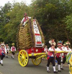 P14 Morris Men recent rushcart