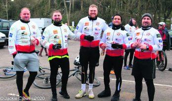 Bike ride Shane Jocky Wilson at Saddleworth Rangers (5)