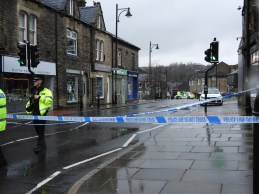 Crime scene uppermill (8)