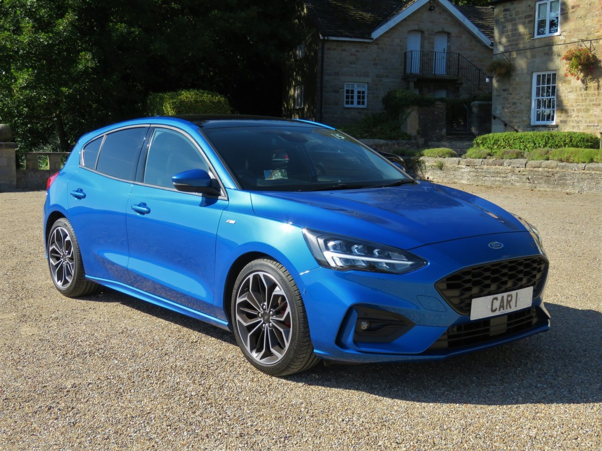 Car Review Can You Af Ford To Miss This Focus Saddleworth Independent