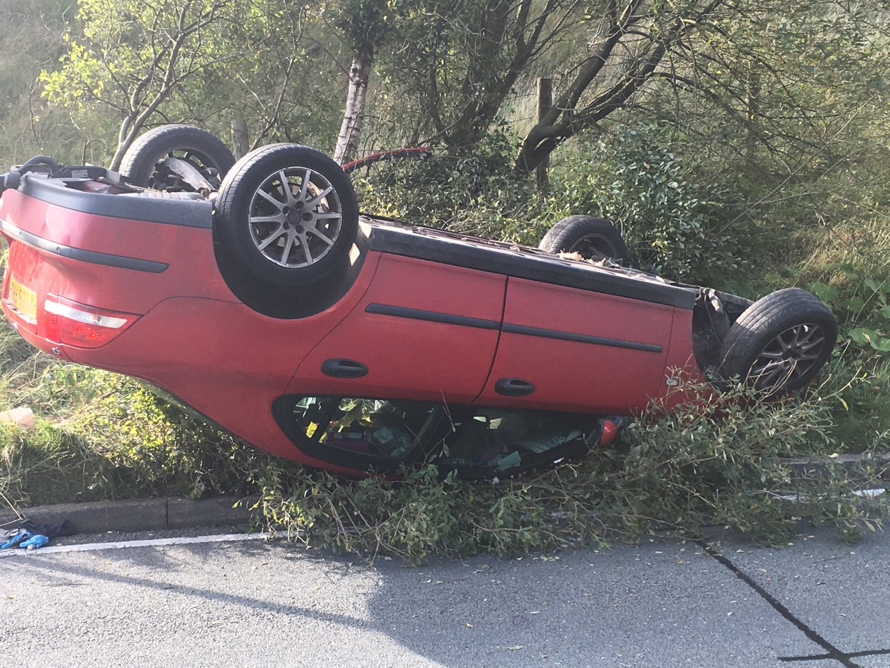 Lucky Escape For Motorist In Greenfield Crash Saddleworth