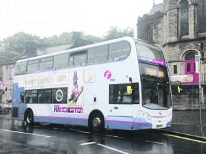 p9 184 bus uppermill