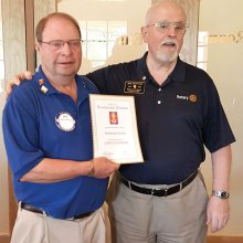President Dick Kroese and Rotary District 5500 Presenter Joe Hentges; photo by Savo Fries