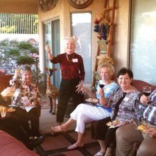 Toasting our dinner, left to right: Mylinda Guillen, Jan DiEnno, Pat Smith, Lennie Good, Linda and Jim Gray