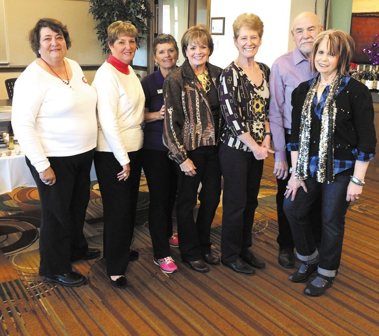 Pictured left to right: Linda Shannon-Hills, Linda Harvey, Carol Smith, Janice Neal, Jean Morgan, Ross Messer and Florence Messer