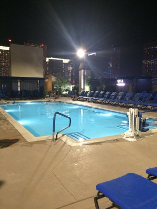 Rooftop pool.. heated at night