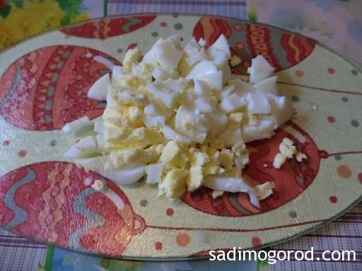 салат с черемшой и яйцами 5