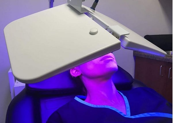 Hydraskincare 3 Color LED Light Therapy Device