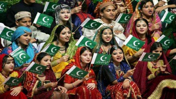 14-August-Celebration-Pakistan-Status