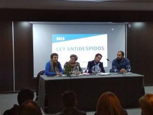Lee más sobre el artículo Se presentó la Ley antidespido en Buenos Aires