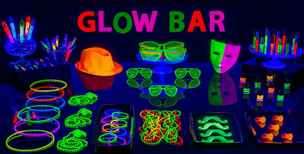 Crazy DIY Glow In The Dark Party Decorations Amp Ideas You