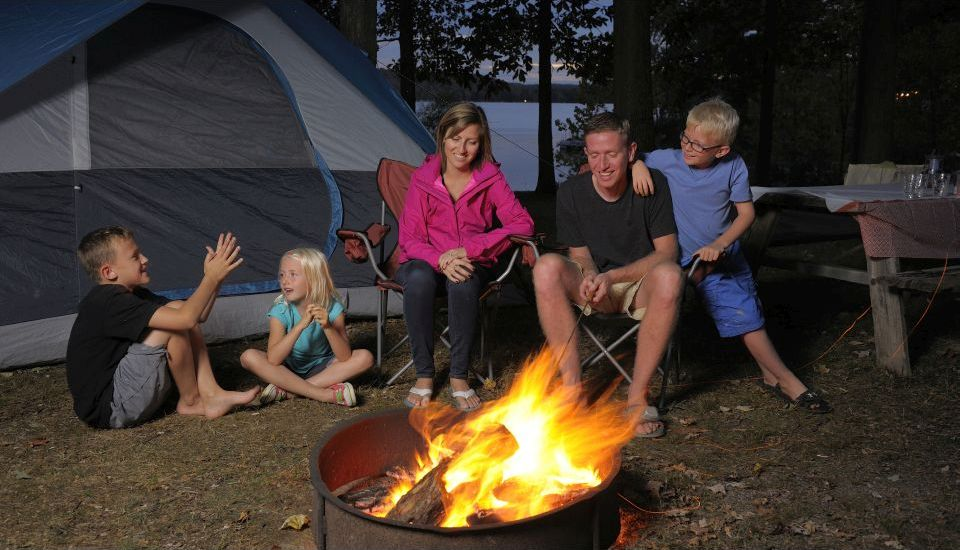 Some Important Benefits of Family Camping