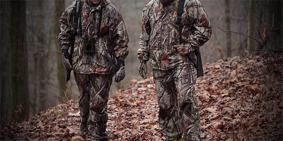 Deer Hunting Clothing in Rain