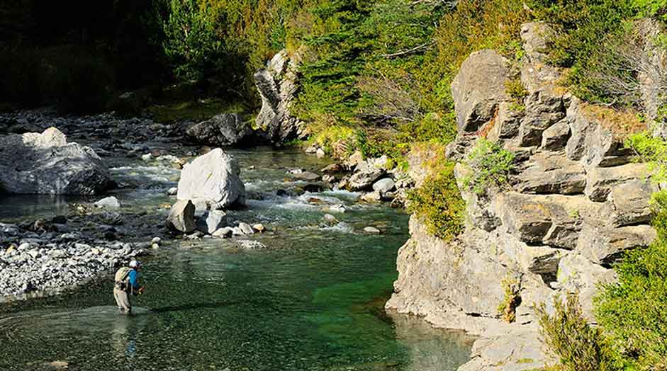 Pyrenean Streams Fly Fishing