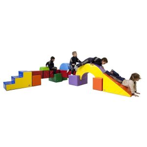 SOFT PLAY SET 11 pieces. Dimensions: 355 x 205 x 5 cm. Designed to enhance the development of psychomotor skills by stimulating movement and play.