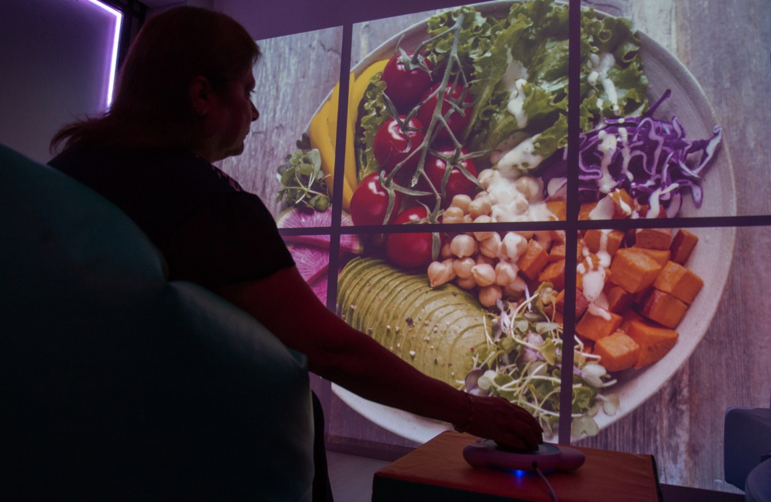 Boosting cognition in the elderly through sensory rooms